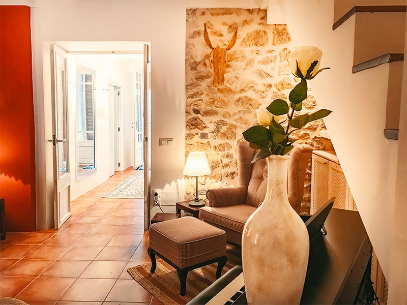 Immobilienbesichtigung Stadthaus Finca Ferienhaus Mallorca ImmobilienScouting